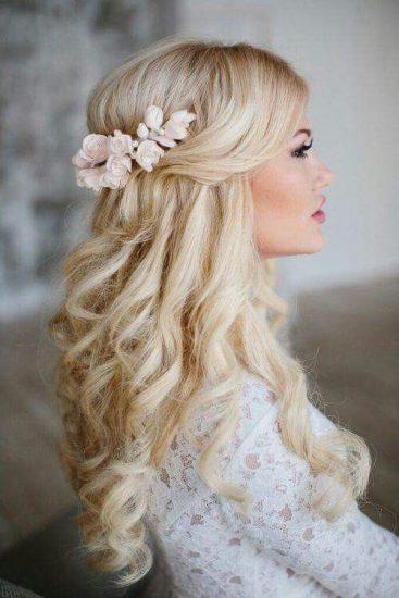 Resultado de imagen de novias modelo pelo suelto 2017
