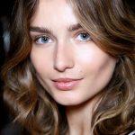 Strobing: maquillaje para iluminar el rostro y disimular manchas