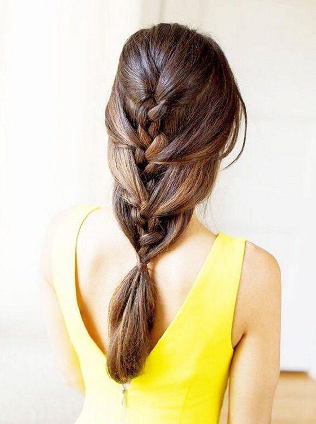 chica con vestido amarillo y una preciosa trenza francesa