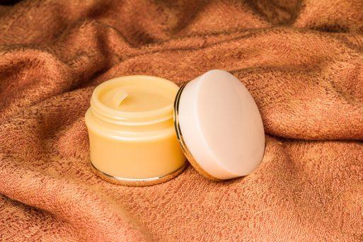 Usos de la vaselina en tratamientos de belleza