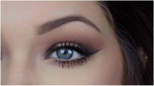 6 Aceites naturales para cuidar el contorno de ojos