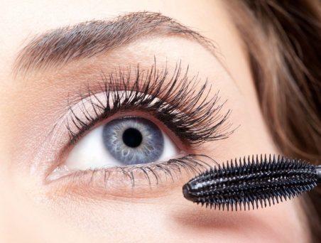5 tips de maquillaje para rizar pestañas