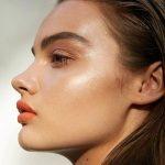 ¿Qué tipo de base de maquillaje es buena para piel grasa?