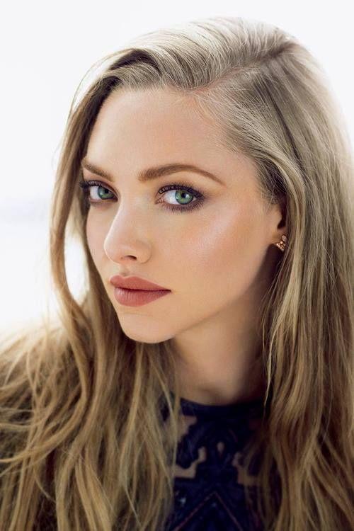 Una chica joven con maquillaje que dura más horas