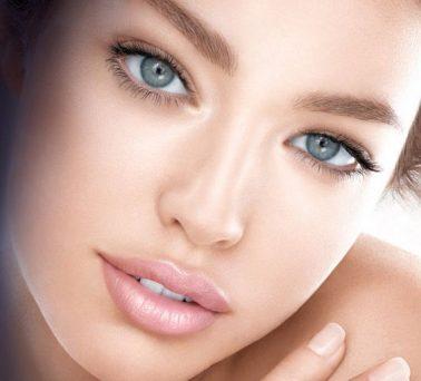 Tips de maquillaje para hacer que tus ojos se vean más pequeños