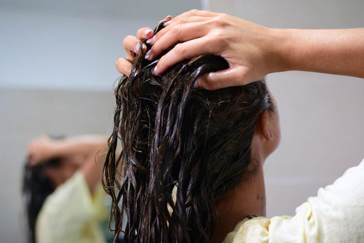 Mascarilla para el cabello rebelde