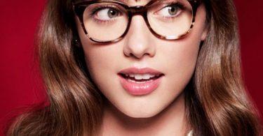 Consejos para maquillarse cuando se usan gafas
