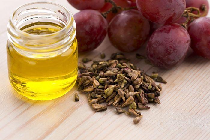 aceite de uva para tratar la estrías