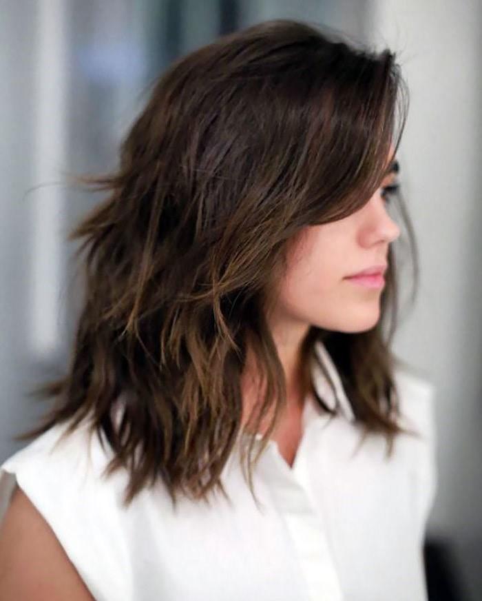 Cortes de cabello en capas cortas y degrafilado