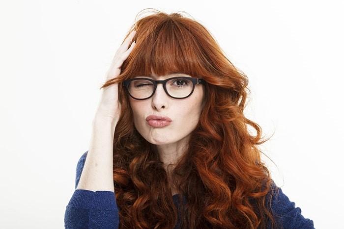 Peinados con flequillos para lucir con lentes