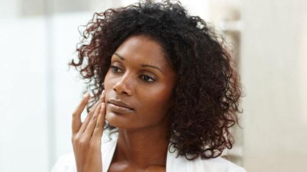 Protección del rostro maquillaje de noche