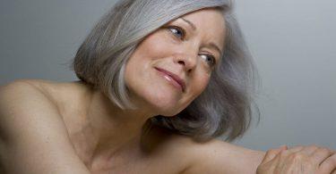 Alimentos para lucir más joven y evitar el envejecimiento prematuro causado por el descuido de la dieta