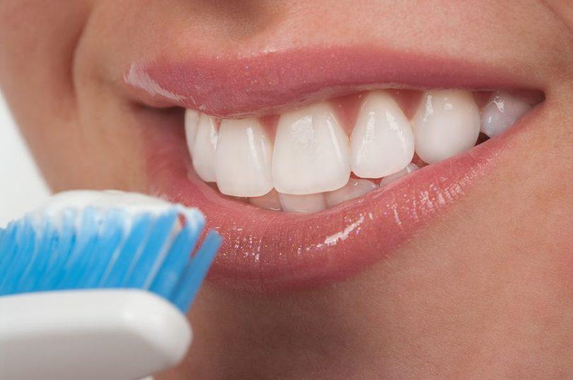 Cómo conseguir unos dientes más blancos